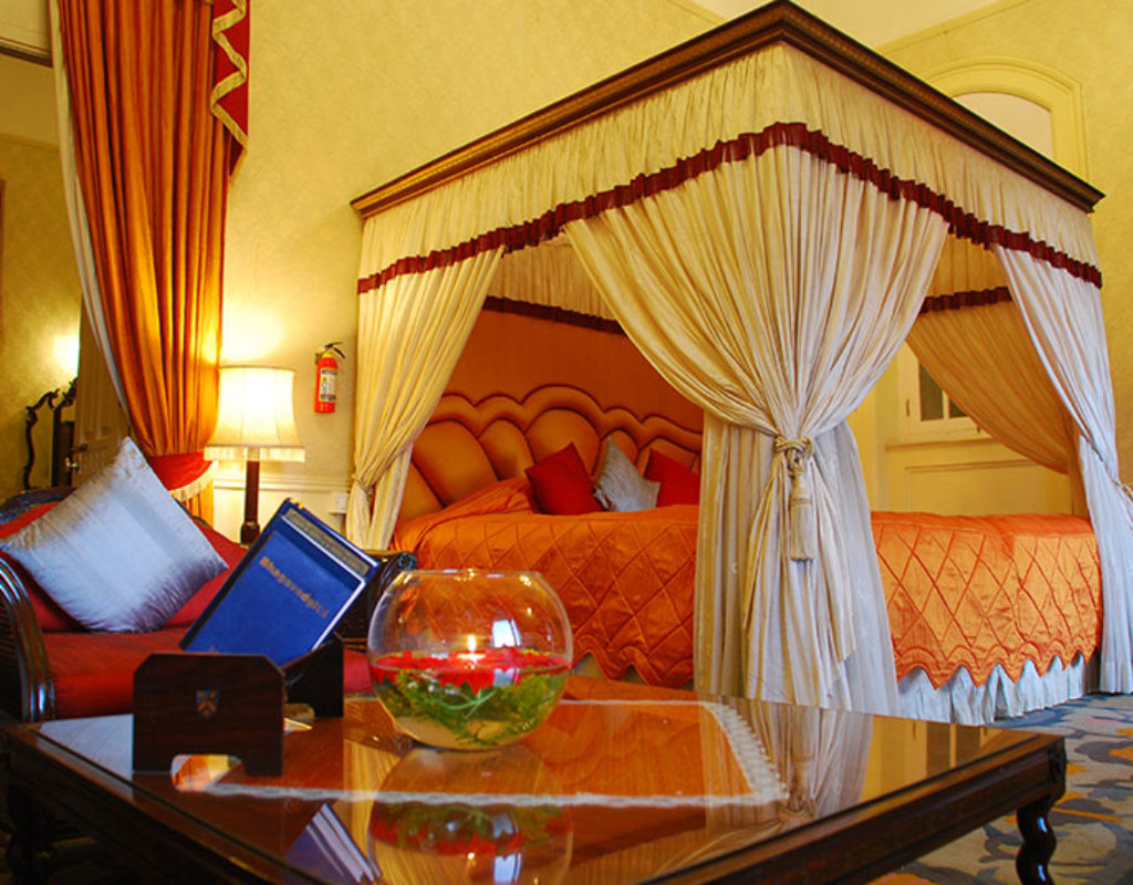 Viceroy-Suite-bed-